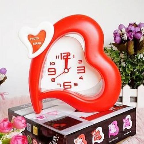 Heart shaped desk clock and photo frame